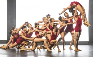 centre stage on pointe 2 e