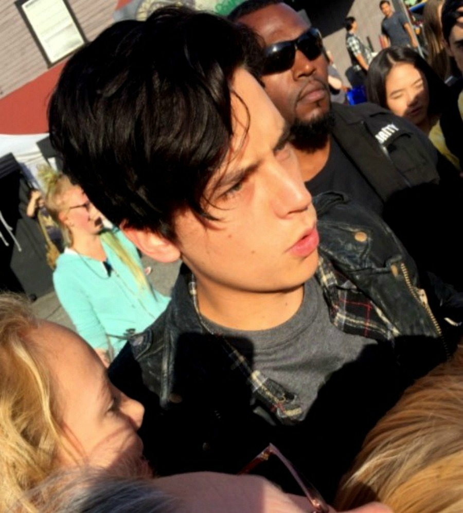 Cole sprouse hollywood north updated what is jughead cole sprouse doing at a southside serpents biker bar whyte wyrm wearing his serpents leather jacket riverdale has hinted that kristyandbryce Choice Image